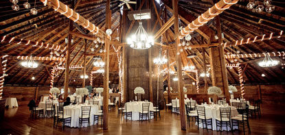 Stunning Vermont Barn Wedding Venues Reception