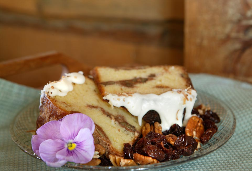 Vermont Bed and Breakfast - dessert cake