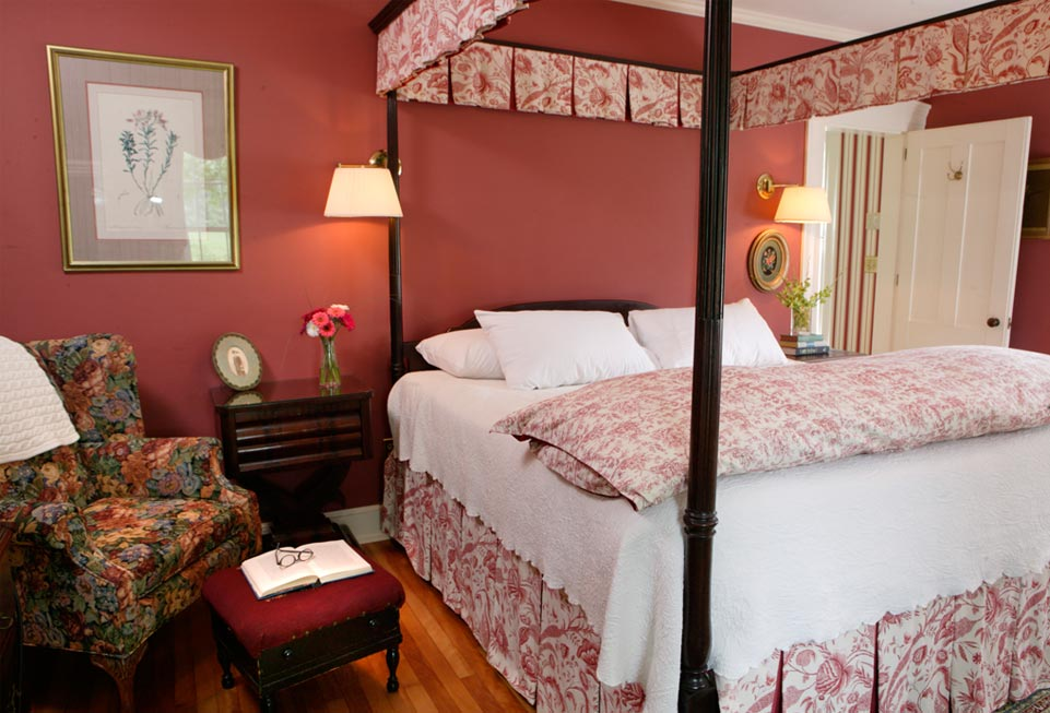 Four Post Bed at The Joslin Room