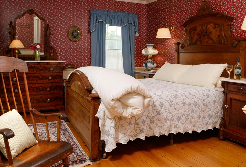 The Palmer Room bed