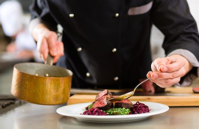 Enjoy fine dining & delicious food on your upcoming Vermont honeymoon.